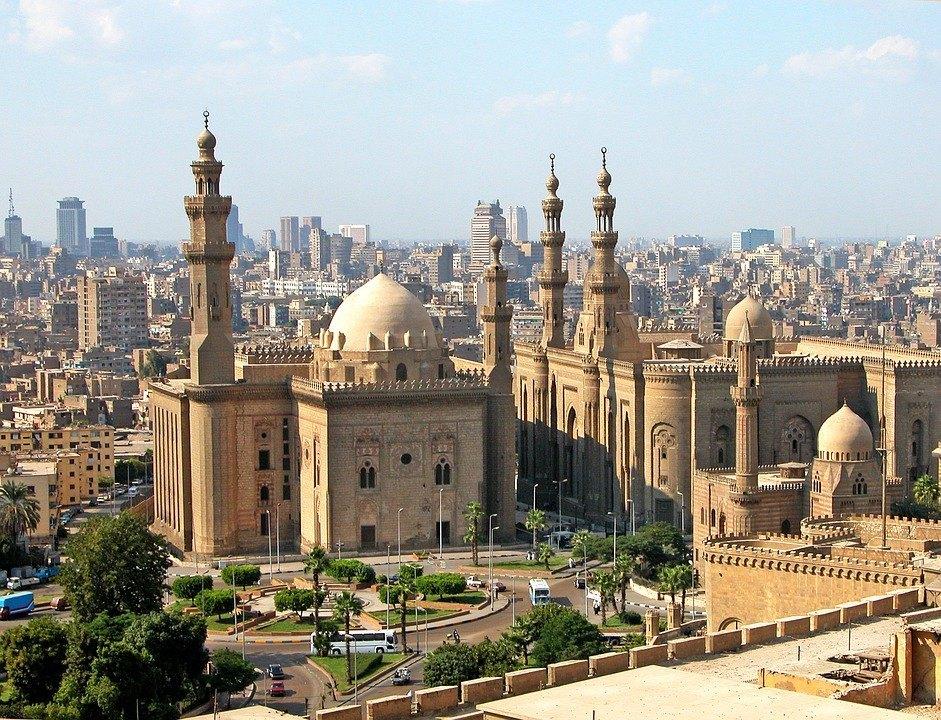 Descubre los rincones más impactantes de El Cairo